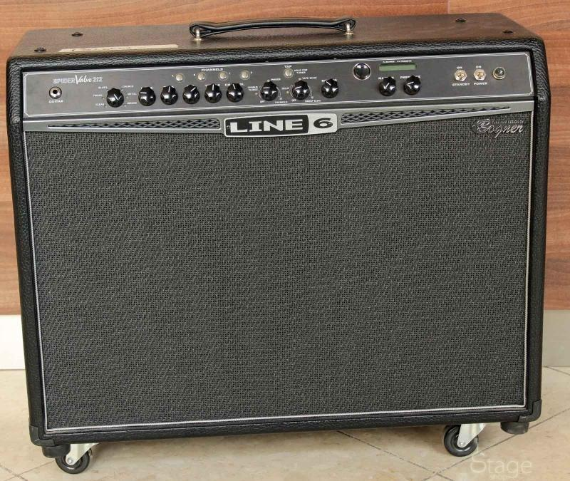 Line 6 Spider Valve 212 used combo amplifier